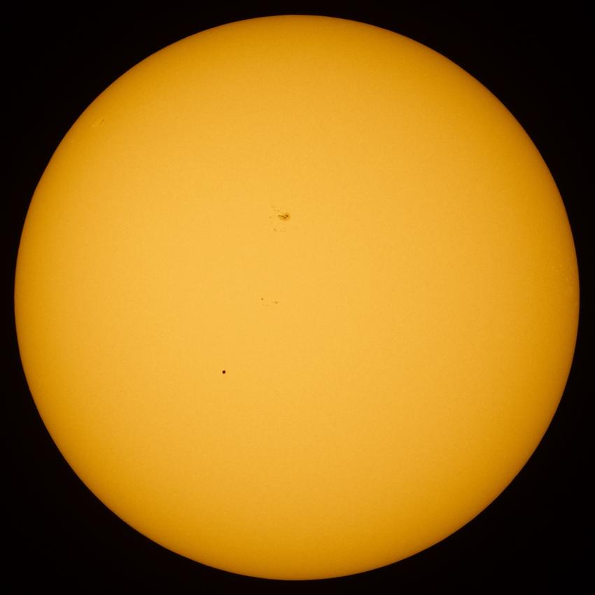 A photograph of the transit of Mercury of 9 May 2016